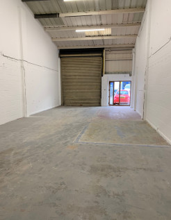 The Tanshelf Industrial Estate comprises of 13 units all sharing a central yard. The unit has the benefit of designated parking spaces. The unit benefits the following features: