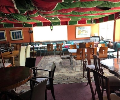 Licensed Mediterranean Restaurant & Bar Located In Stratford Upon Avon\nPrime Trading Position\nExternal Seating (35)\nRef 2391\nLocation\nThis outstanding Restaurant & Bar is located in the heart of Stratford Upon Avon town centre. Situated within a...