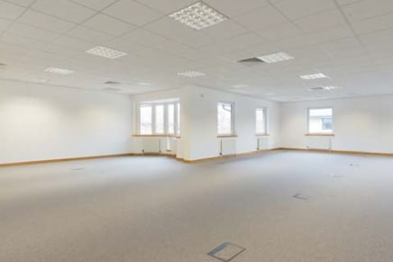 6210 Bishops Court provides high quality, fully refurbished, self-contained offices on Birmingham Business Park in Solihull. Birmingham Business Park, the largest and most established office park in the Midlands and home to more than 120 occupiers, i...