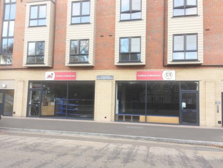 Retail Units to let in Boscombe - 787-1574 sq ft<br><br>INCENTIVES AVAILABLE<br><br>Calendula Place is a landmark, attractive modern development of 7 commercial units between the junctions with Wolverton Road and Gloucester Road on this busy main tho...