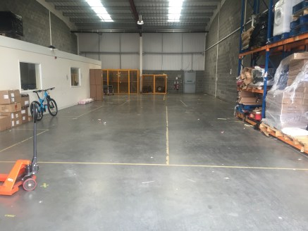Modern High Bay Industrial Units. Popular Tyne Tunnel Estate. Electric Up and Over Loading Doors. 6.5m Eaves Height. Easy Access to the A19 and Tyne Tunnel. Allocated Car parking.
