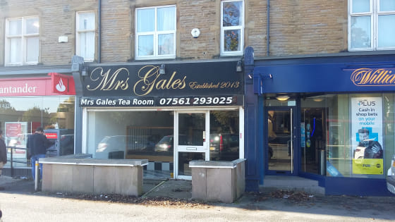 DESCRIPTION\n\n79 Street Lane, Leeds, LS8 1AP\n\nThe available space comprises a ground floor retail shop with kitchen, WC and access to the rear from the back road. At basement level there is customer seating, WC and storage space....