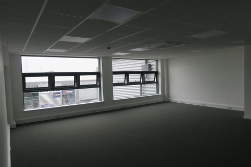 Block D industrial units are newly built, high standard industrial spaces benefiting from allocated parking and many units also have a first floor office space.  Leyton industrial village offers a vibrant and lively community, along with a range of s...
