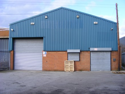 Modern single storey warehouse/light industrial/trade counter unit. Single span steel portal frame warehouse (minimum eaves height approx. 5.3m) accessed by full height roller shutter loading door. Male and female toilets. Externally the property ben...