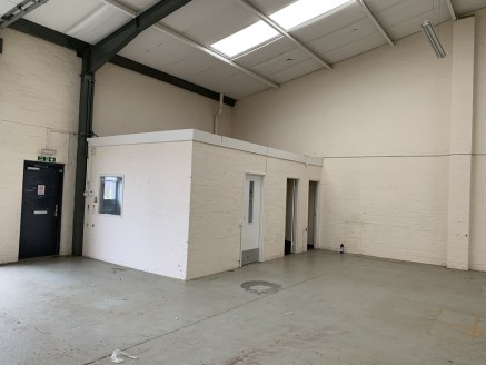Popular Location close to Newcastle City Centre. 3 phase electricity supply. Integral offices and WCs. Car parking to the front. Sectional loading doors. minimum eaves height 4.25m.