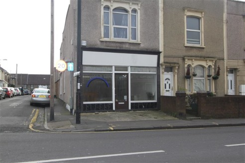 ***GROUND FLOOR RETAIL UNIT & BASEMENT***  An end of terrace retail unit of approximately 640 sqft with additional basement level situated on Two Mile Hill Road, Kingswood within close proximity to Regent Street. The shop has undergone some renovatio...