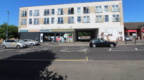 Prominent RETAIL PREMISES with A5 use class - Total (NIA) 1,330 ft2 (123.56 m2)...