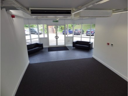 First floor office space in business park location - to be refurbished to requirements. (44 car spaces)