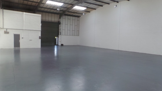 This recently refurbished steel portal framed unit provides just under 3,000 sq ft of immaculate workshop/warehouse accommodation on the ground floor, with first floor offices of 256 sq ft. The unit benefits from roller shutter doors 15'' wide by 15'...