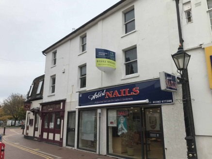 Offices to let in Poole - 1,310 sq ft<br><br>Location<br><br>The offices are strategically located in the centre of Poole, just off the High Street and within half a mile of the railway station and bus depot. There are several local authority car par...