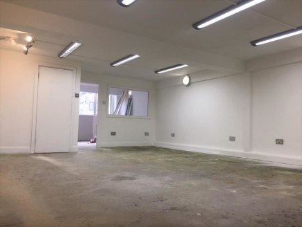 The property compromises a First Floor Office (B1) use which have been newly refurbished throughout and providing a new A/C units, new lighting, male/ female toilets, and kitchenette facilities. There maybe a potential roof terrace directly to the re...