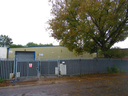 Light industrial premises with additional mezzanine and front...