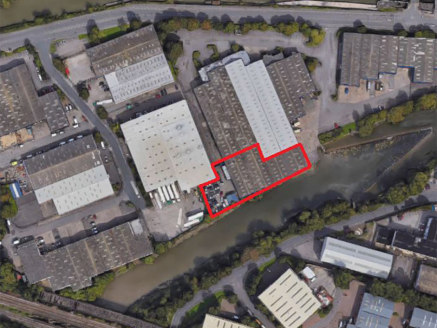 "<p class=""p1"">St Vincents Trading Estate enjoys a highly prominent position fronting Feeder Road, adjacent to Netham Lock.&nbsp; Bristol City Centre is approximately 1.5 miles west and access to the M32 can be gained via St Philips Causeway approxima..."