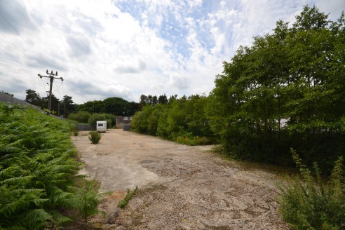 Freehold development site of around 1.5 acres suitable for a variety of uses....
