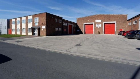 The premises comprise a fully refurbished warehouse/industrial building with a secure rear yard area and quality offices to the front. The building is of traditional brick elevations with a metal truss roof and having translucent roof lights. Eaves h...