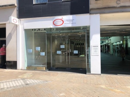 The property comprises a retail unit on ground and lower ground floor levels with excellent frontage on to Briggate and return frontage in to Central Arcade.