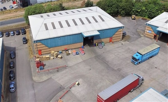 The property provides a modern detached warehouse / industrial facility, which benefits from the following specification:-\n\nEaves height of 7 metres\nLoading via a single electrically operated roller shutter door\nGood sized shared yard area with t...