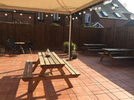 Leasehold Public House & Restaurant Located In Stratford Upon Avon For Sale\nRef 2169\n\nLocation\nThis respected Public House is located within a highly visible and prominent location on Bull Street. Its surrounded by residential properties and is j...