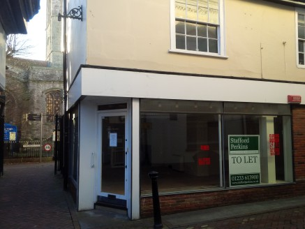 This end terraced building between the High Street and the Churchyard is suitable for a variety of retail uses, benefiting from a return frontage in a prominent location. The ground floor provides over 550 sq ft of retail accommodation with further r...