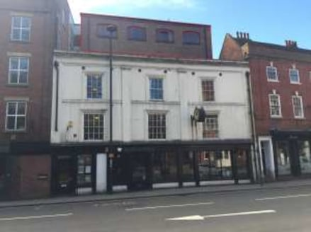 Self-contained third floor office suite within modern office building. Third Floor 173.4 sq.m. / 1,866 sq.ft. Ground floor entrance with reception off Friar Gate....