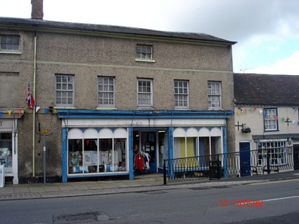 A prominent retail unit located at the Heart of Hungerford Town Centre.   The property includes large display window to the front with fully open planned retail space within. The property can be taken as a whole or in two parts.   The property also b...