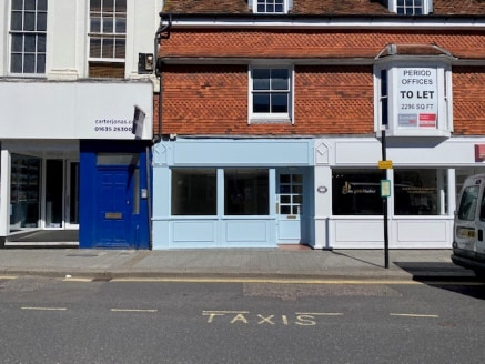 The property comprises a small self-contained lock-up retail unit comprising display window to the front. Internally the main shop has been divided to create a retail space to the front then separate office/store to the rear, this could be removed if...