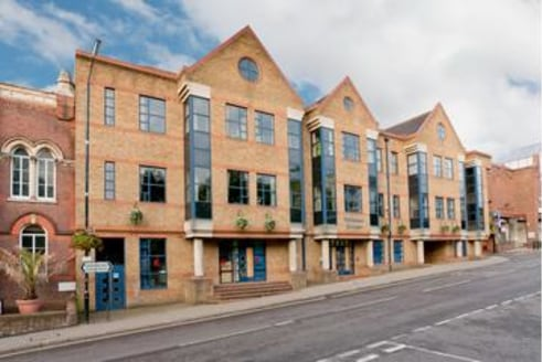 The property comprises two refurbished suites on the 3rd floor.\n\n-Fully refurbished\n-Air conditioning\n-Suspended ceilings with LG7 lighting\n-Lift\n-City centre location\n-On-site car parking (approx....