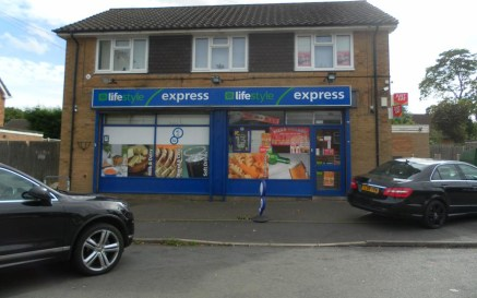 Leasehold Convenience Store & Pizza Takeaway Located In Water Orton\n(A5 Consent) & Off-Licence\nSelf Contained 3 Bedroom Accommodation Above\nRef 2260\n\nLocation\nThis delightful Convenience Store & Pizza Takeaway business is located in Water Orton...