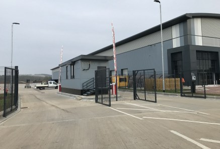 Symmetry Park is in an excellent location, strategically positioned adjacent to Junction 34 A1(M) servicing the North of England and the Midlands with easy access to Doncaster Sheffield Airport.