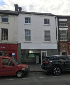 A promInently lock up shop premIses wIth a Total Net Sales Area of 492 ft sq (45.68m2) and ancIllary accomodatIon * AddItIonal Income vIa tenanted flat Download Brochure Property DescrIptIon The property comprIses of a three storey property that comp...