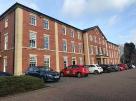 Total Net Internal Area 70.0 sq.m. / 753 Sq.ft. Located on well-established modern office development. designated car parking spaces....