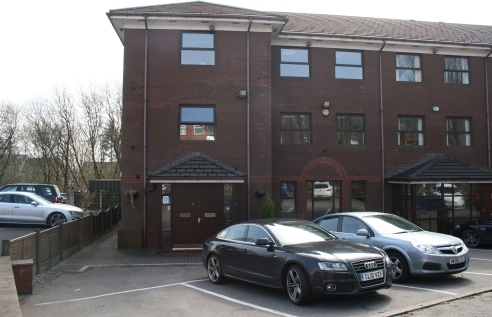 1-2 Frecheville Court is a modern office building and we are offering the ground floor suite which incorporates toilet facilities with a shared kitchen at first floor level.   The accommodation has been recently recarpeted and comprises of an entranc...