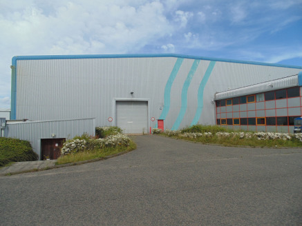Large High Bay Warehouse/Production Unit. Cross Dock Loading. Two Storey Offices. 9m Eaves Height. Expansion Capability. 8 Docks and 3 Level Access Loading Doors.