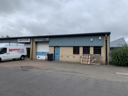 -Workshop/Industrial Accommodation  -Popular Team Valley Location  DESCRIPTION   The unit is an end terraced industrial unit of metal portal frame construction with brick and block elevations to approximately 1.8m (6ft) with profile sheet cladding ab...