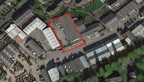 The property comprises an industrial/trade counter unit constructed with a pitched truss roof covered with cement sheet cladding, brick walls and a concrete floor. The warehouse areas benefit from 4no. steel roller shutter loading doors, gas blower h...