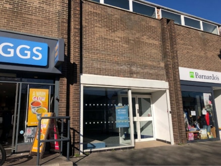 "<p>A terrace of retail units with a number of well known retailers located in close proximity including Iceland, Greggs and Coral.</p><ul>  <li class=""p1"">Suburban retail premises</li>  <li class=""p2"">Adjacent to Greggs and Barnardos</li>  <li class=..."