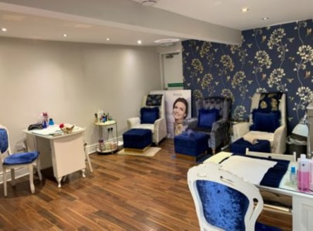 A fantastic opportunity to lease a prominent main road position amongst the busy night time area that combines food and drink, retail, agency and homeware operations.<br><br>Currently a beauty salon that is due to vacate soon, it would be suitable fo...