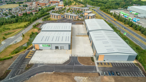 Warehouse area : 22,050 sq ft. Ground & first floor office/amenity areas : 2,100 sq ft. Secure gated service yard with a depth of 27.3m. 8m eaves height. 2 no.level access loading doors. 3-phase electricity supply. Mains gas. Glazed feature office en...