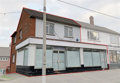 A substantial commercial property providing a large ground floor shop of over 1,000 sq ft (currently arranged as two shops) with additional basement storage. The first floor provides an additional self-contained office of approx. 480 sq ft. Planning...
