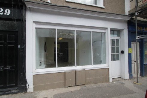 ***RECENTLY REFURBISHED RETAIL UNIT***  A newly refurbished and well presented shop comprising a front retail area with additional office/storage space, courtyard and toilet to the rear of approximately 600sqft. The property is located on Midland Roa...