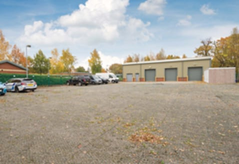 FOR SALE/TO LET: Modern Industrial Unit 1,430 sq ft (133 sq...