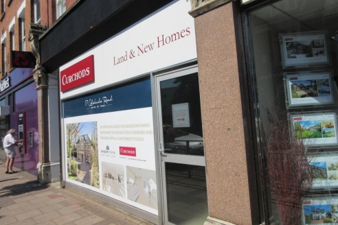 Refurbished ground floor A1/A2 retail premises