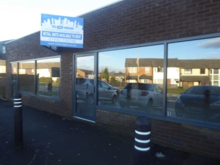 Retail > 1374 SQFT RETAIL PREMISES IN WIGAN\n\n1374 SQFT RETAIL PREMISES IN WIGAN\n\nClapgate Lane,\nWigan,\nWN3 6RN\n\nApprox. 127.65 sq.m. (1374.00 sq.ft....