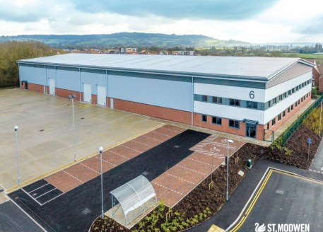 Gateway 12 is developed and managed by St Modwen the UK's leading regeneration specialist. It comprises 16 acres on Waterwells Business Park. Unit 6 provides new high quality industrial and distribution space of 41,355 sq ft under construction....