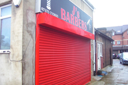 Warren Anthony Commercial are delighted to bring to the market this small A1 ground floor shop until recently trading as J's Barbers located on Biscot Road just off within the highly sought after popular Bury Park area of Luton close to the town cent...