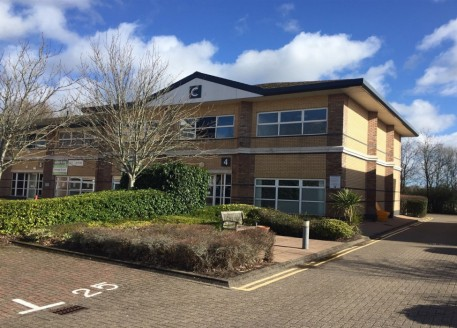Ground Floor 1,724 sq ft (160.2 sq m) First Floor 1,696 sq ft (157.5 sq m) Rent £11.50 per sq ft including service charge Offices to let from £675 per month The Rateable Value has been assessed on Unit 2 £7.44 psf which equates to rates payable of ap...