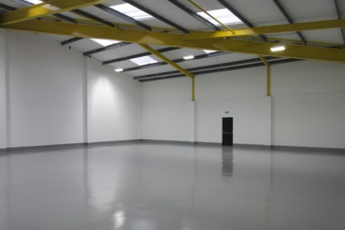 End of terrace single storey warehouse/industrial unit