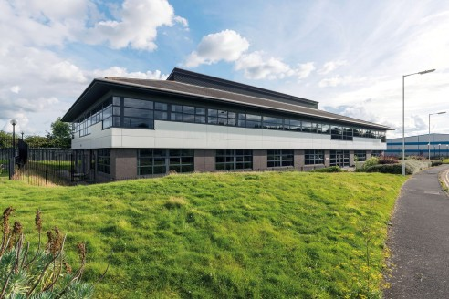 Mistral House comprises a modern self-contained two storey office building which sits within its own grounds on Kingfisher Way, Silverlink Business Park. Internally, the property benefits from a centrally positioned entrance which leads into a double...