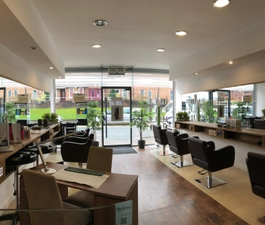 READY TO MOVE IN.    An exceptionally well presented salon / retail property utilising both the ground and basement floors in this highly sort after parade of established business, located on the main road in the centre of Heywood with high footfall....
