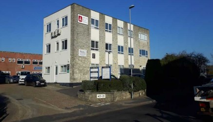 First & Second Floor Offices to let in Wimborne - 625 sq ft - 3,917 sq ft<br><br>LOCATION<br><br>The Ferndown Business Centre is prominently located on Cobham Road, the arterial road on the Ferndown Industrial Estate. There is good access to the A31...